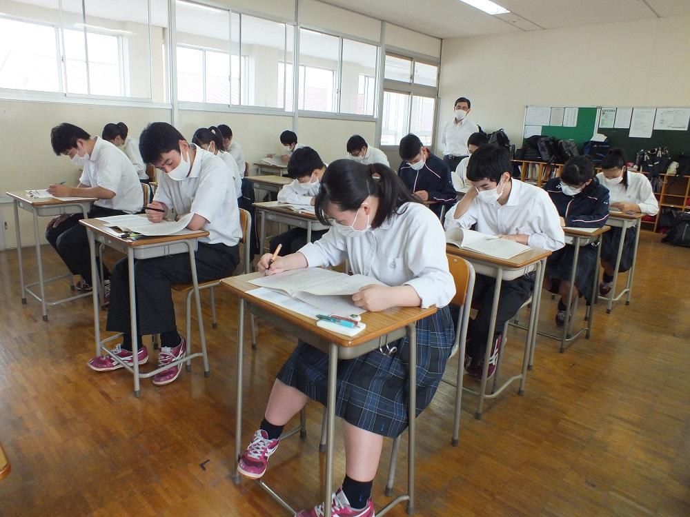 1学期期末試験始まる
