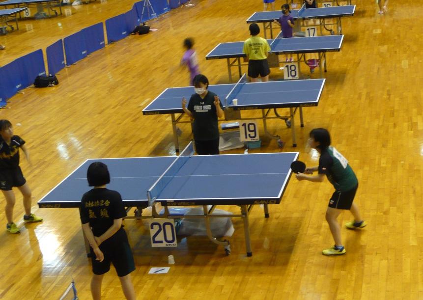 卓球部女子滝井さん県大会4位で、全日本卓球選手権出場へ。男子村田君も9位と健闘!