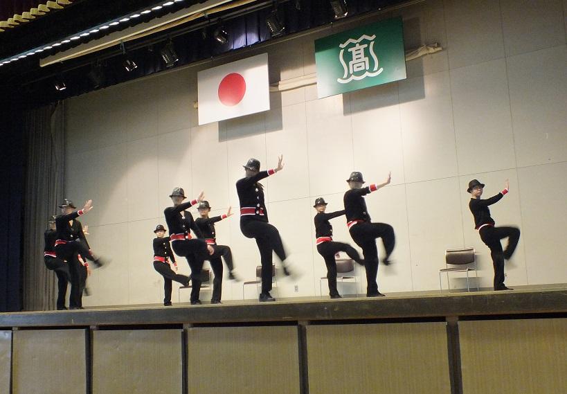 「樟風祭」開幕 前夜祭で剣舞、ダンス部華麗に舞う!