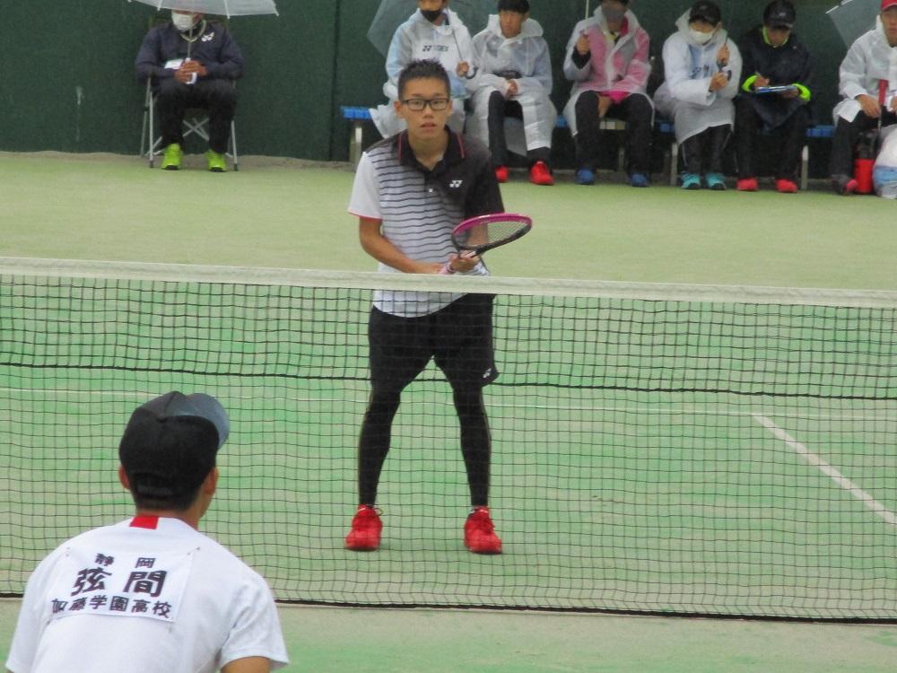 ソフトテニス部新人戦学校対抗県大会で健闘!